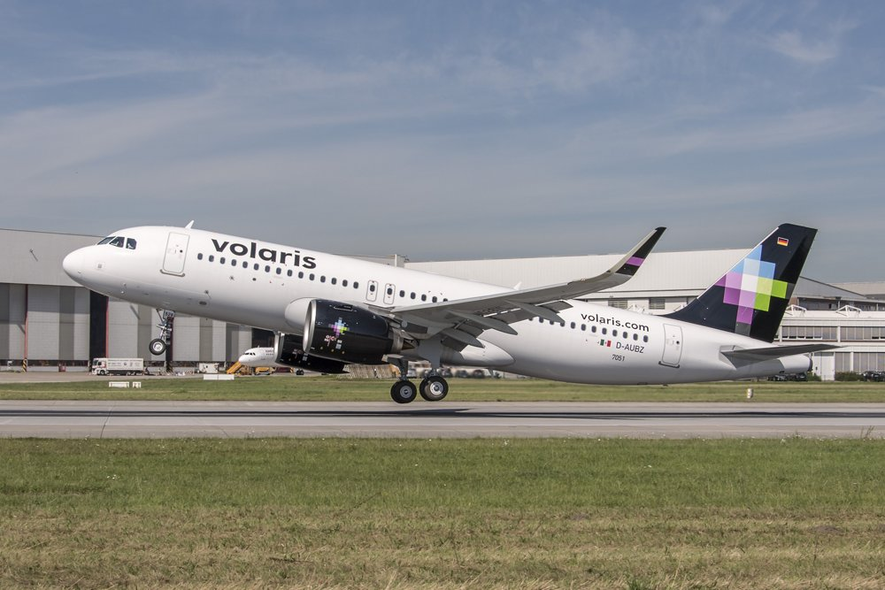 An A320neo is shown in the colours of Mexico's low-cost carrier Volaris, which became the first North American airline to operate this aircraft version.