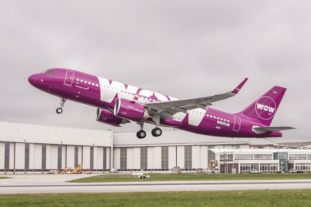 WOW air_First A320neo delivery 1