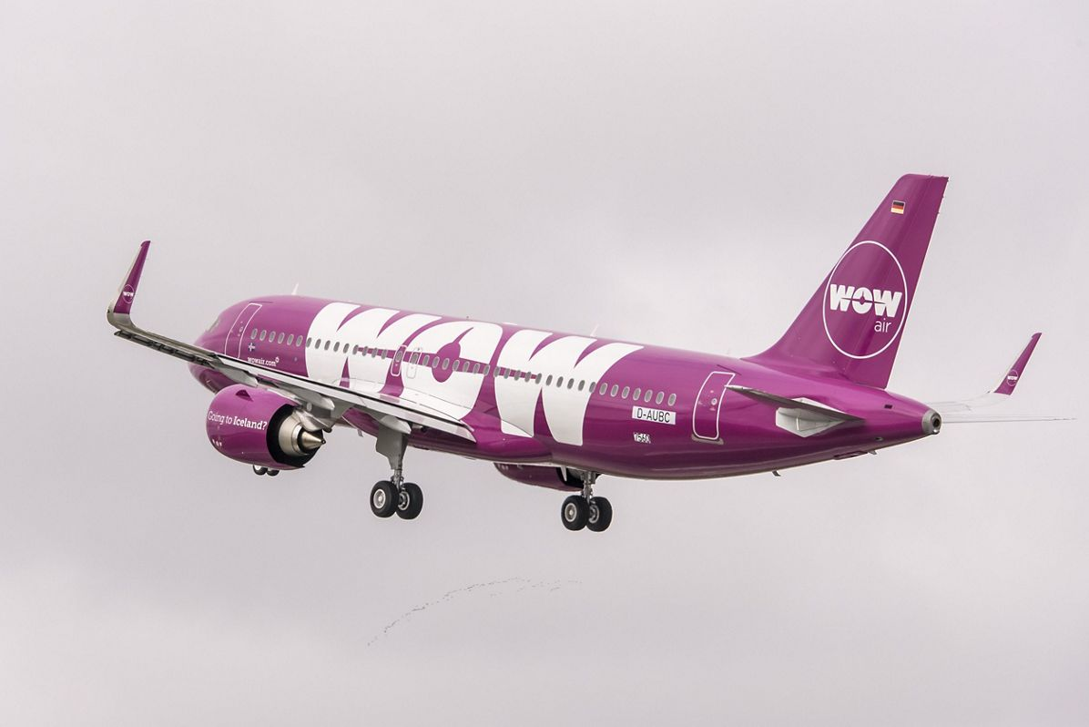WOW air_First A320neo delivery 2