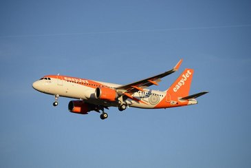 EasyJet A320neo in flight