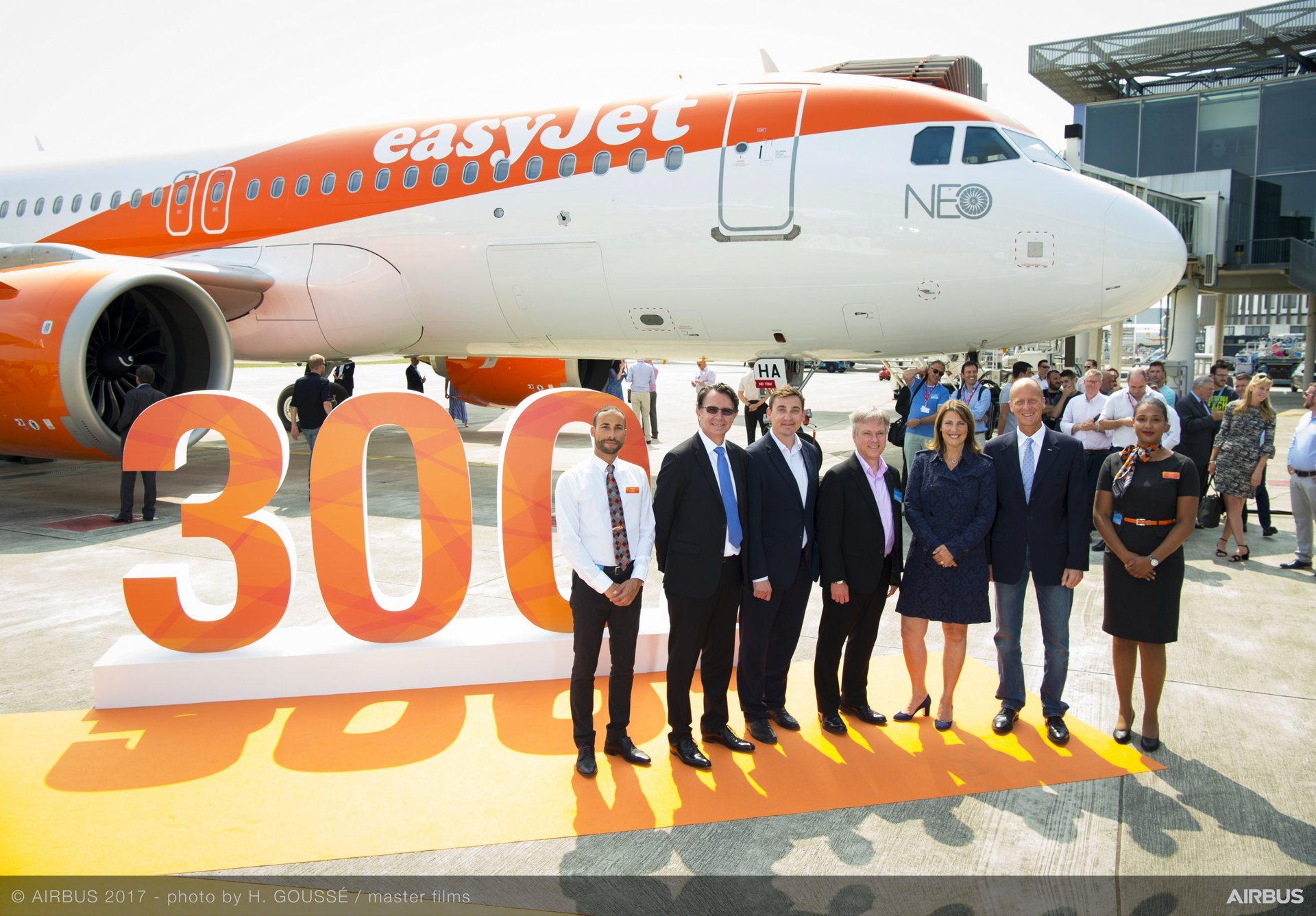 easyJet_First A320neo delivery 1