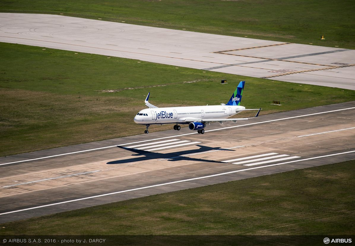 First U.S.-produced A320 Family aircraft_Maiden flight 3