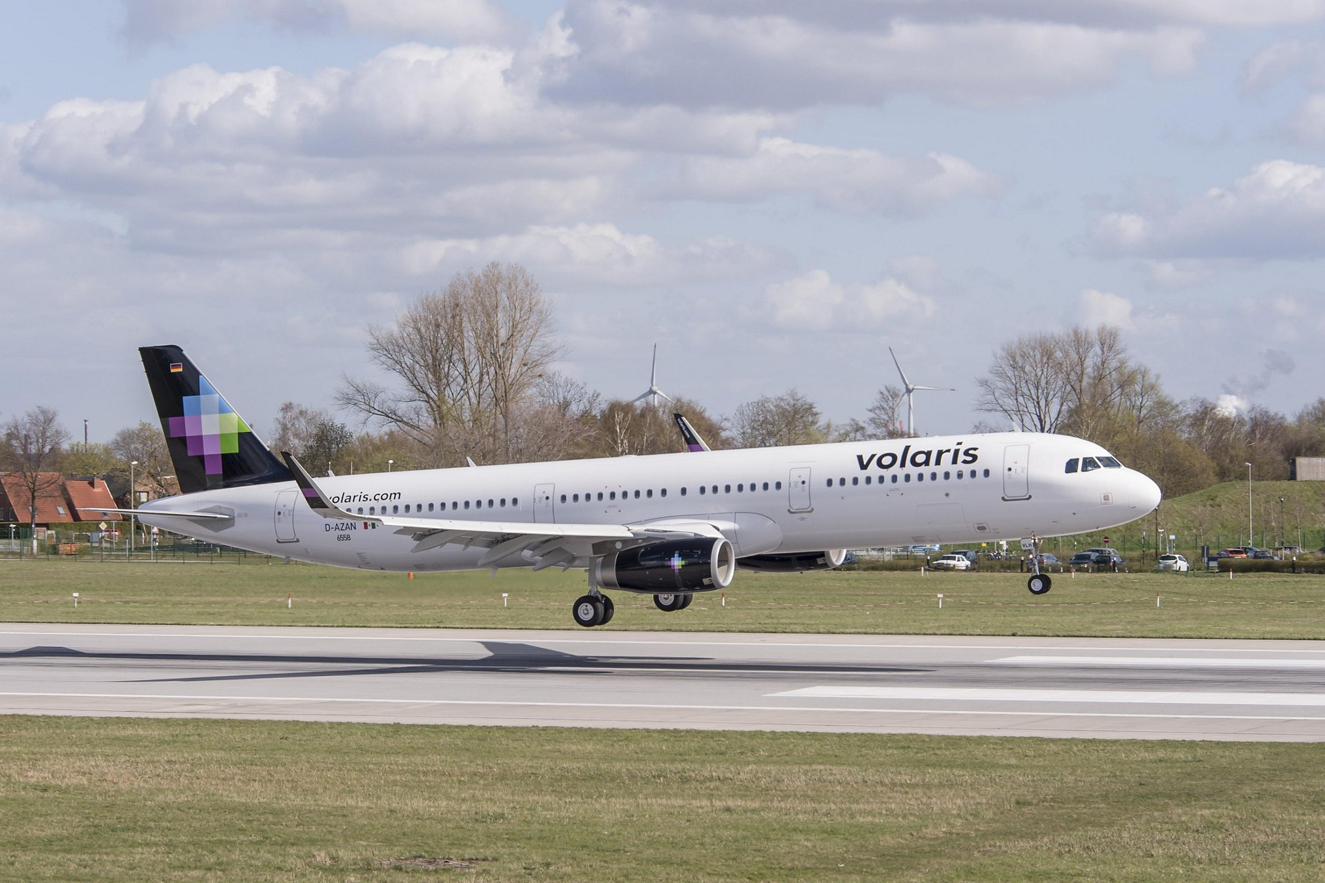 Volaris takes delivery of first two A321s - Commercial