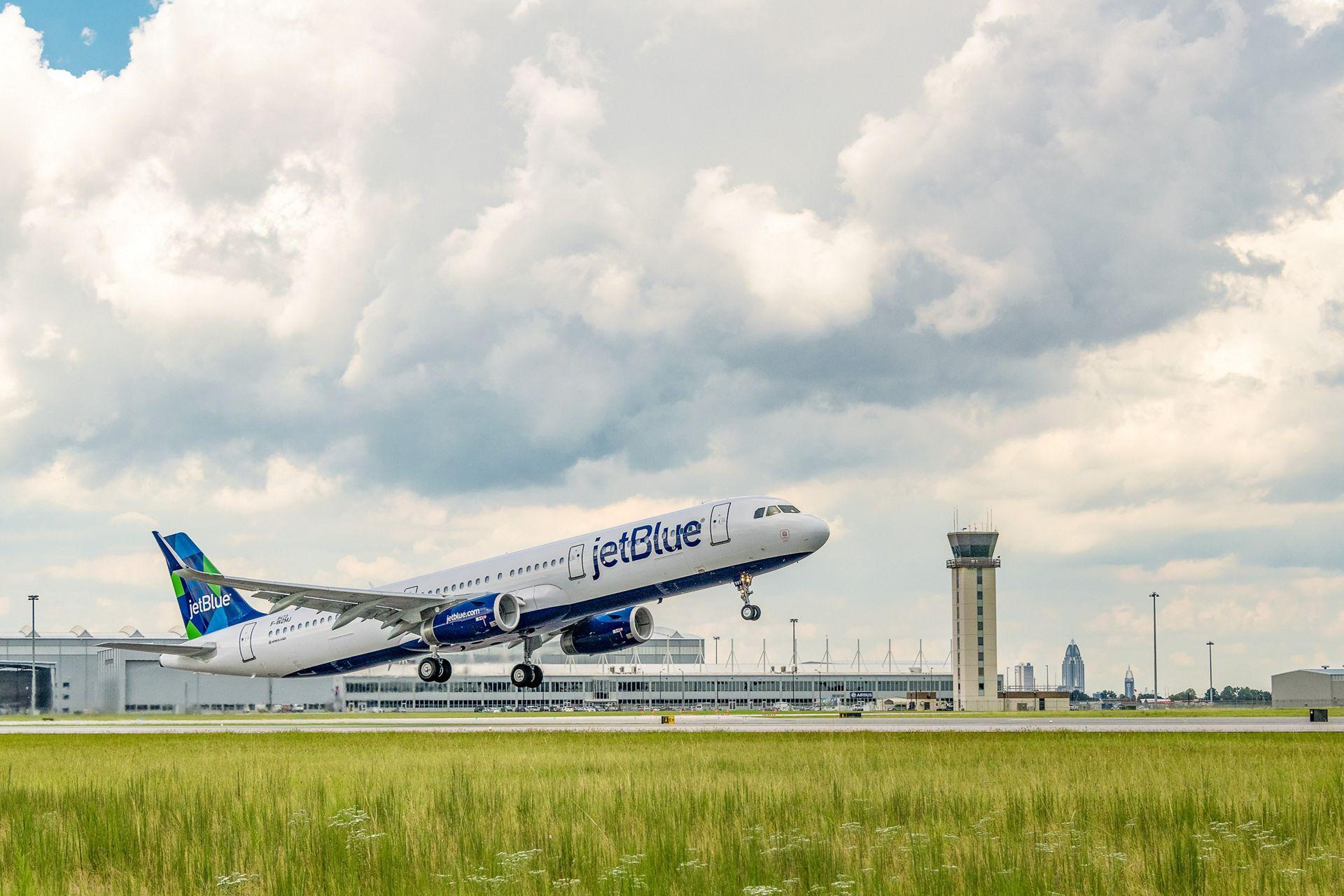 Resultado de imagen para Airbus Mobile delivers 1st A321 sustainable fuel