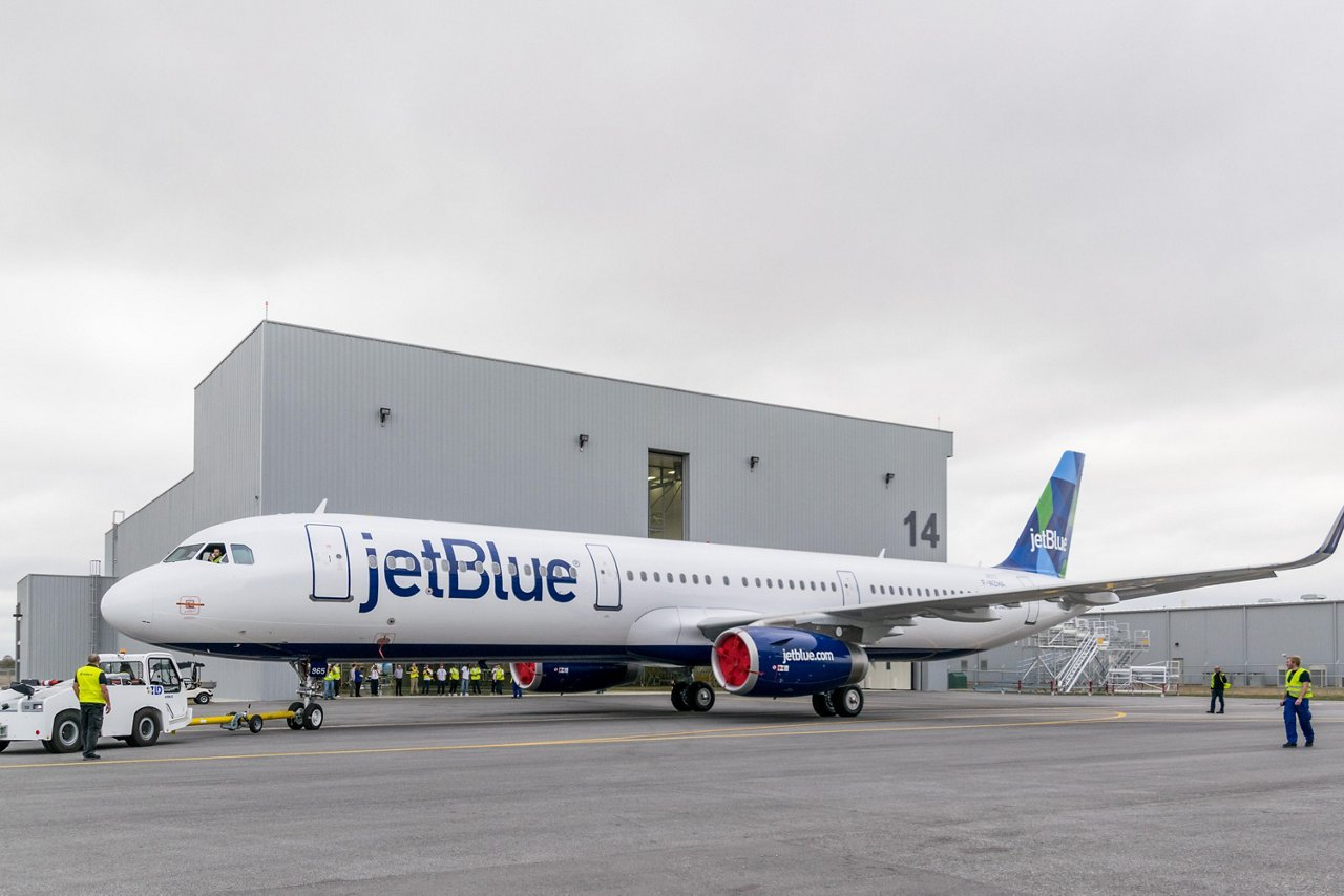 First U.S.-built A321 exits paint shop_1