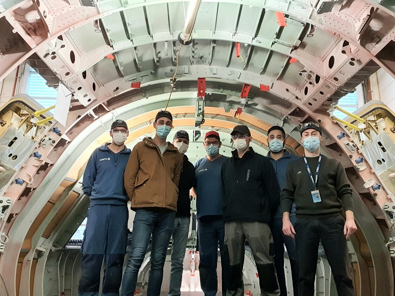 Team members earlier this year in St Nazaire installed the Physical Mock-Up (PMU) to represent the Nose & Forward (NFF) section of the A321XLR.
