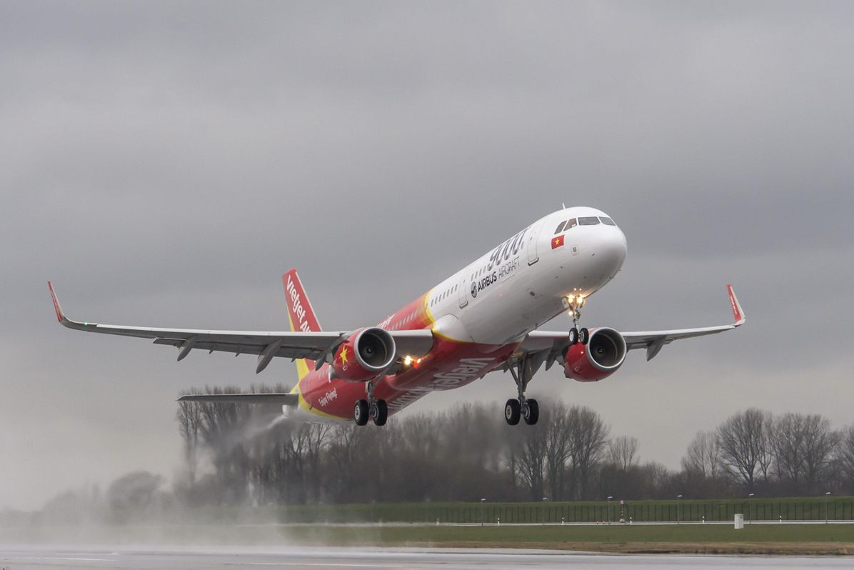 Airbus' 9,000th delivery_3
