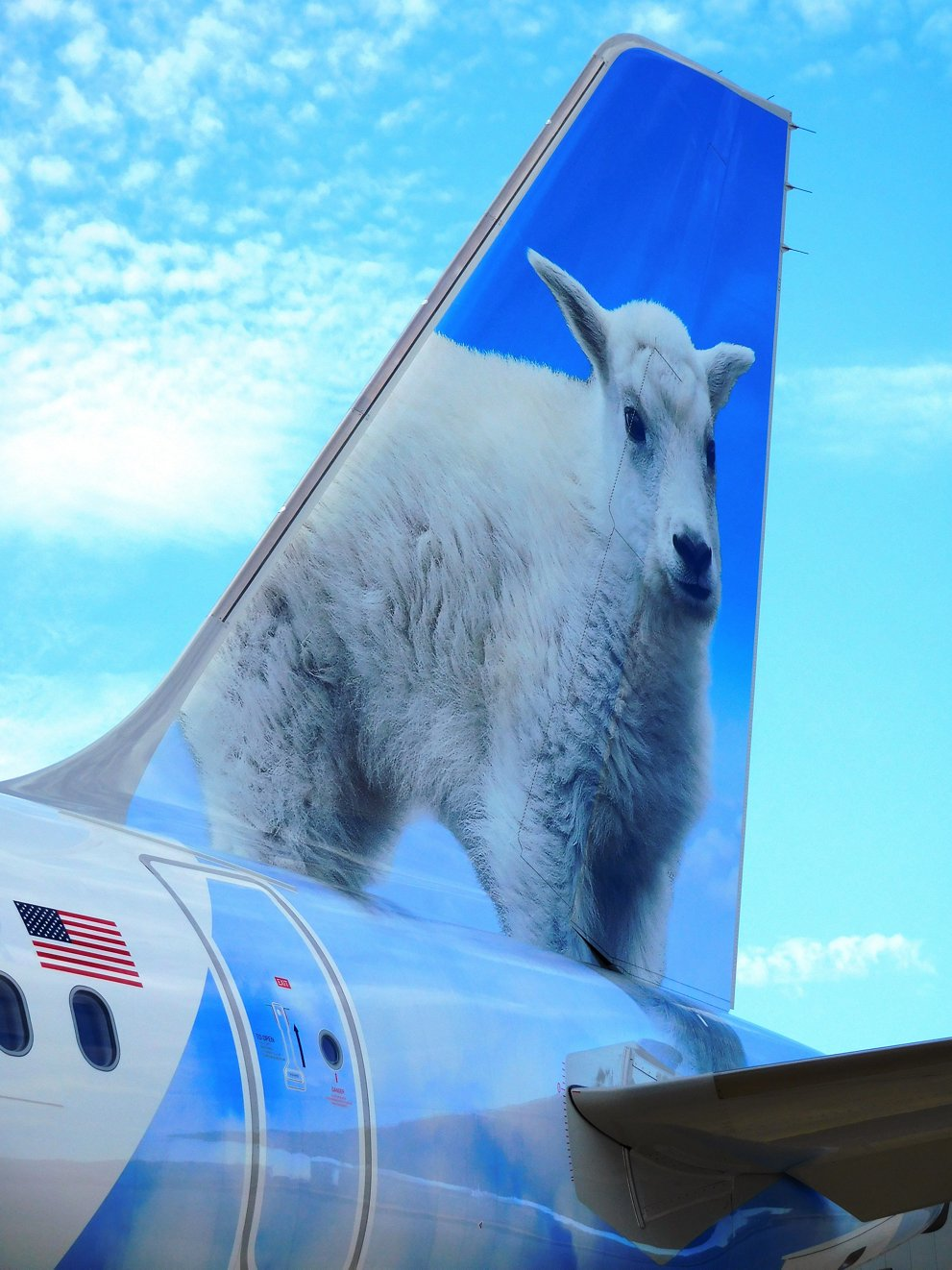 "Air Lease Corporation takes delivery of ""Xavier the Mountain Goat"" A321 aircraft"