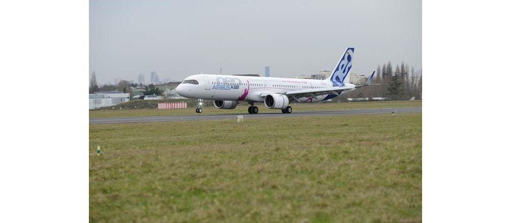 A321LR Landing
