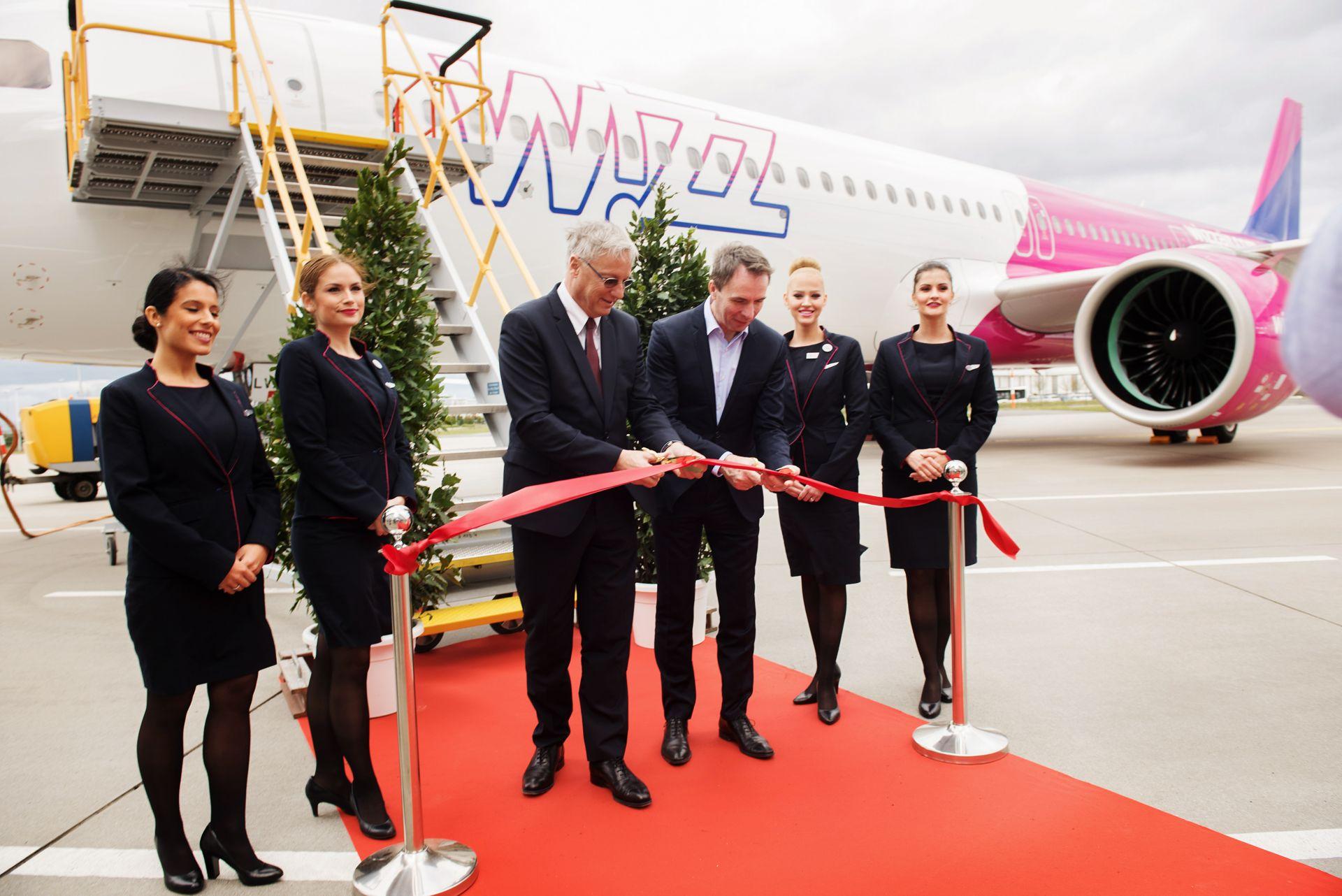 Entrega del primer Airbus A321neo para Wizz Air.