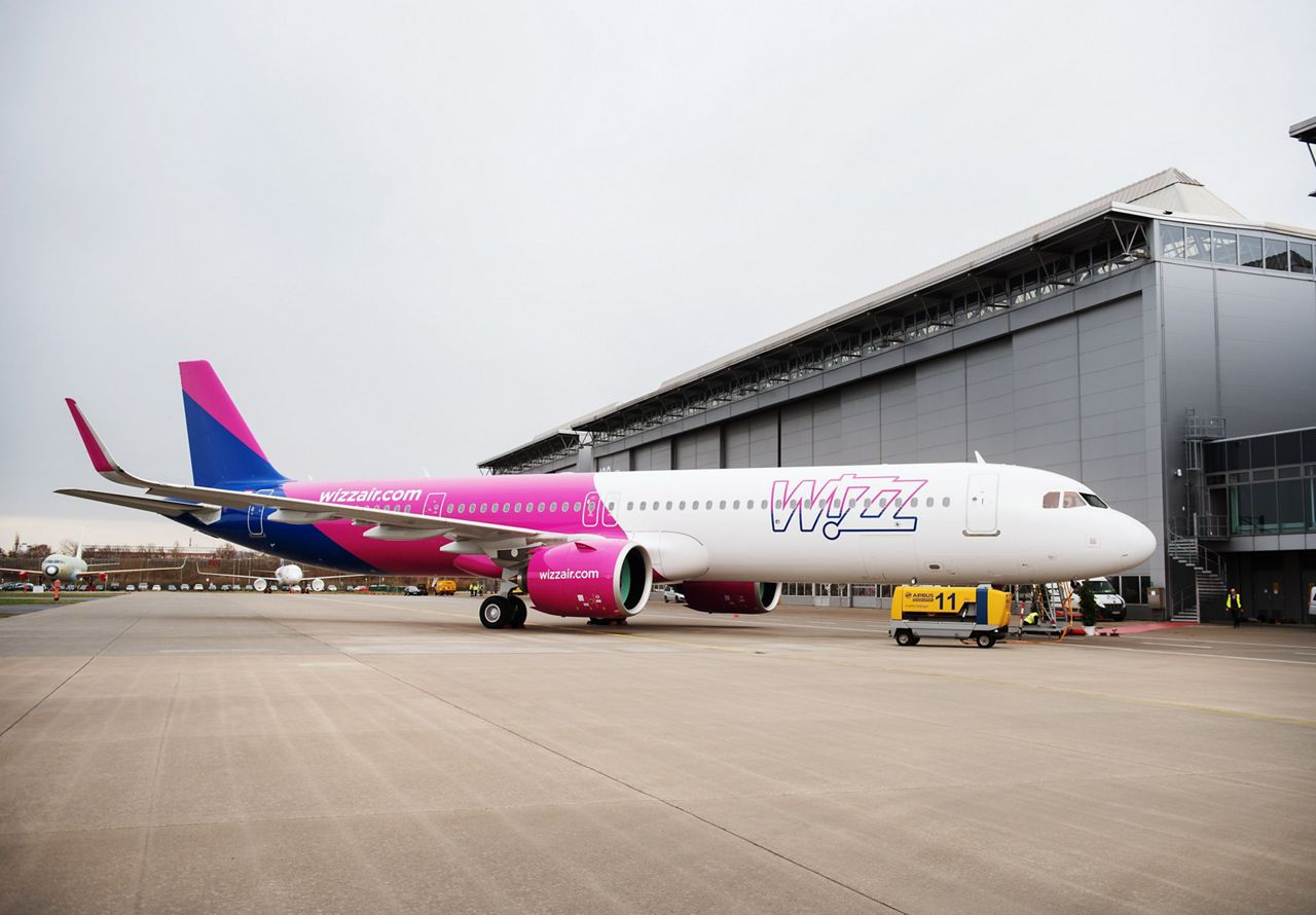 Wizz Air's first A321neo in Hamburg, Germany