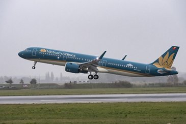 A321neo Vietnam Airlines taking off