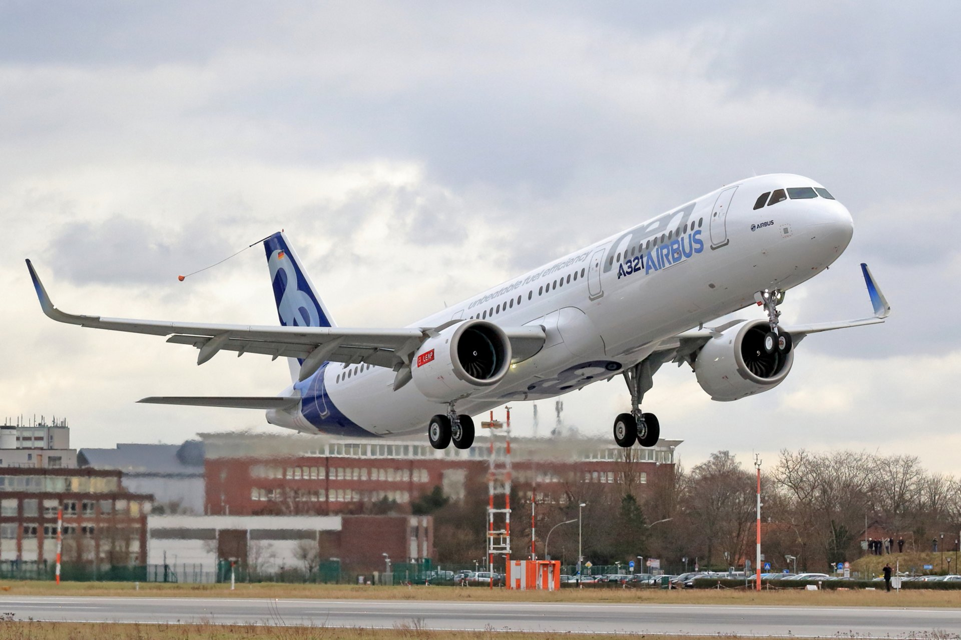A321neo CFM engine_First Flight take off
