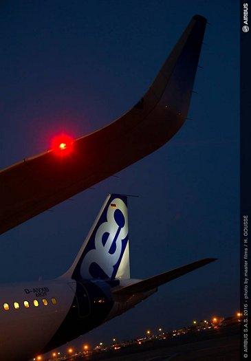 A321neo_Logo light
