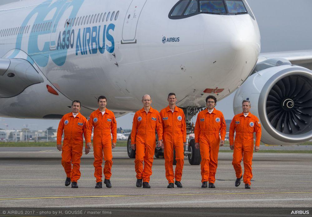 A330neo First Fligh Crew