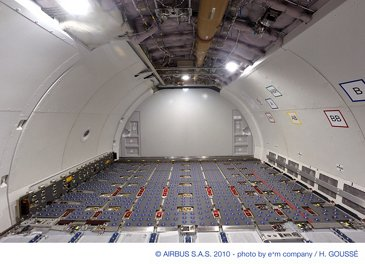 A330-200F cargo deck 2