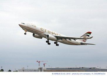 A330-200F Etihad 01