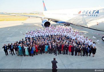 A330-300 242T delivery to Delta Air Lines_Employees 3