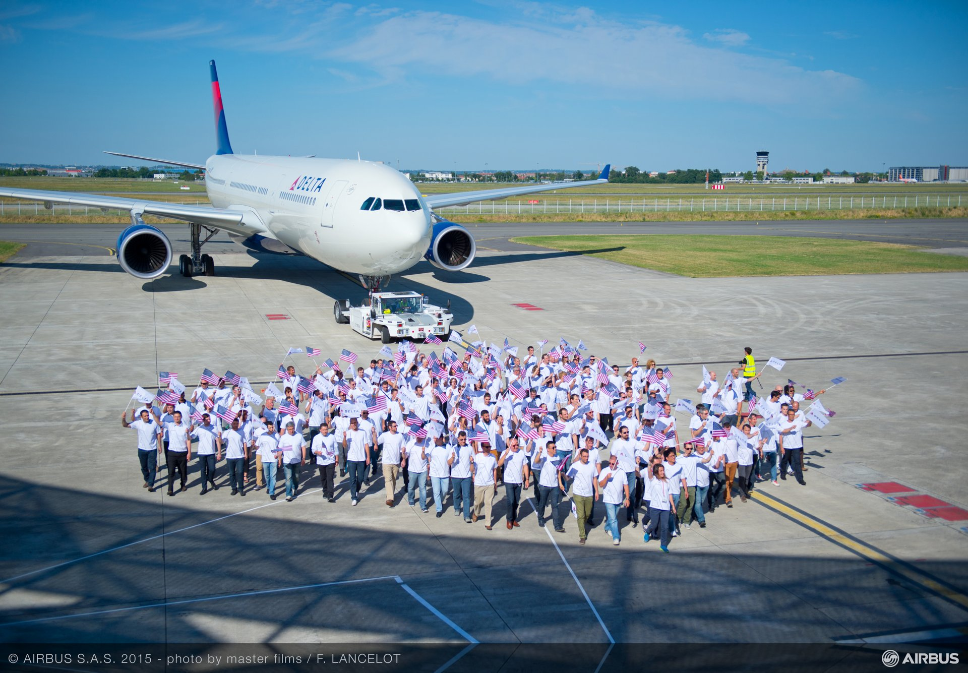 A330-300 242T delivery to Delta Air Lines_Employees 1