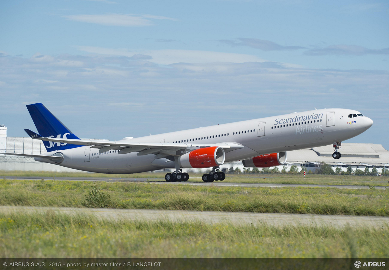 Scandinavian Airlines became the first European carrier to receive Airbus' new A330-300 242-tonne Maximum Take-Off Weight (MTOW) variant during a ceremony held in Toulouse, France