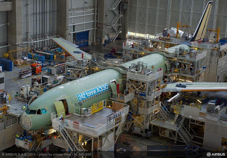 242 tonne A330-300 enters final assembly_1