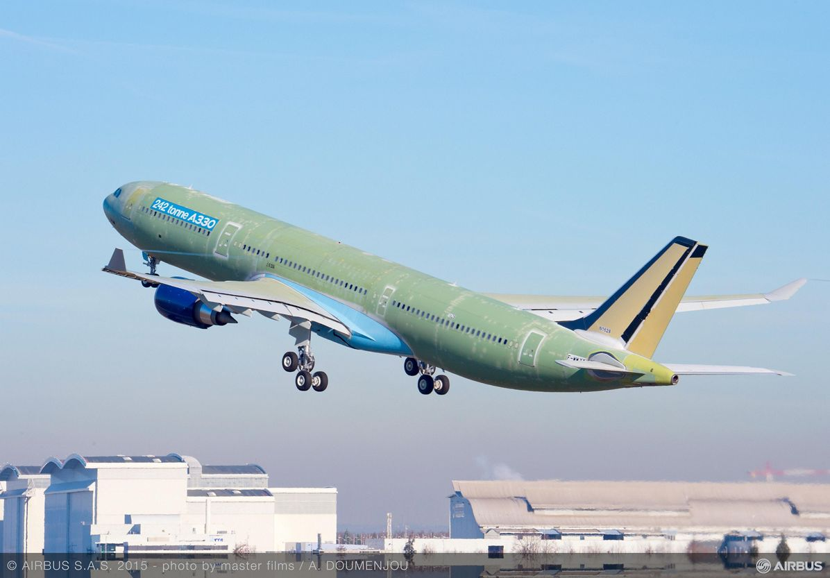 242-tonne maximum takeoff weight A330 maiden flight takeoff_2