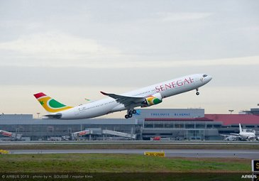 A330-900 Air Senegal take off