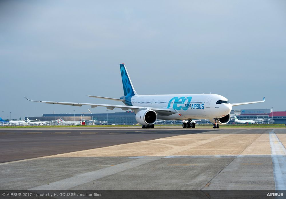 A330neo Taxiing