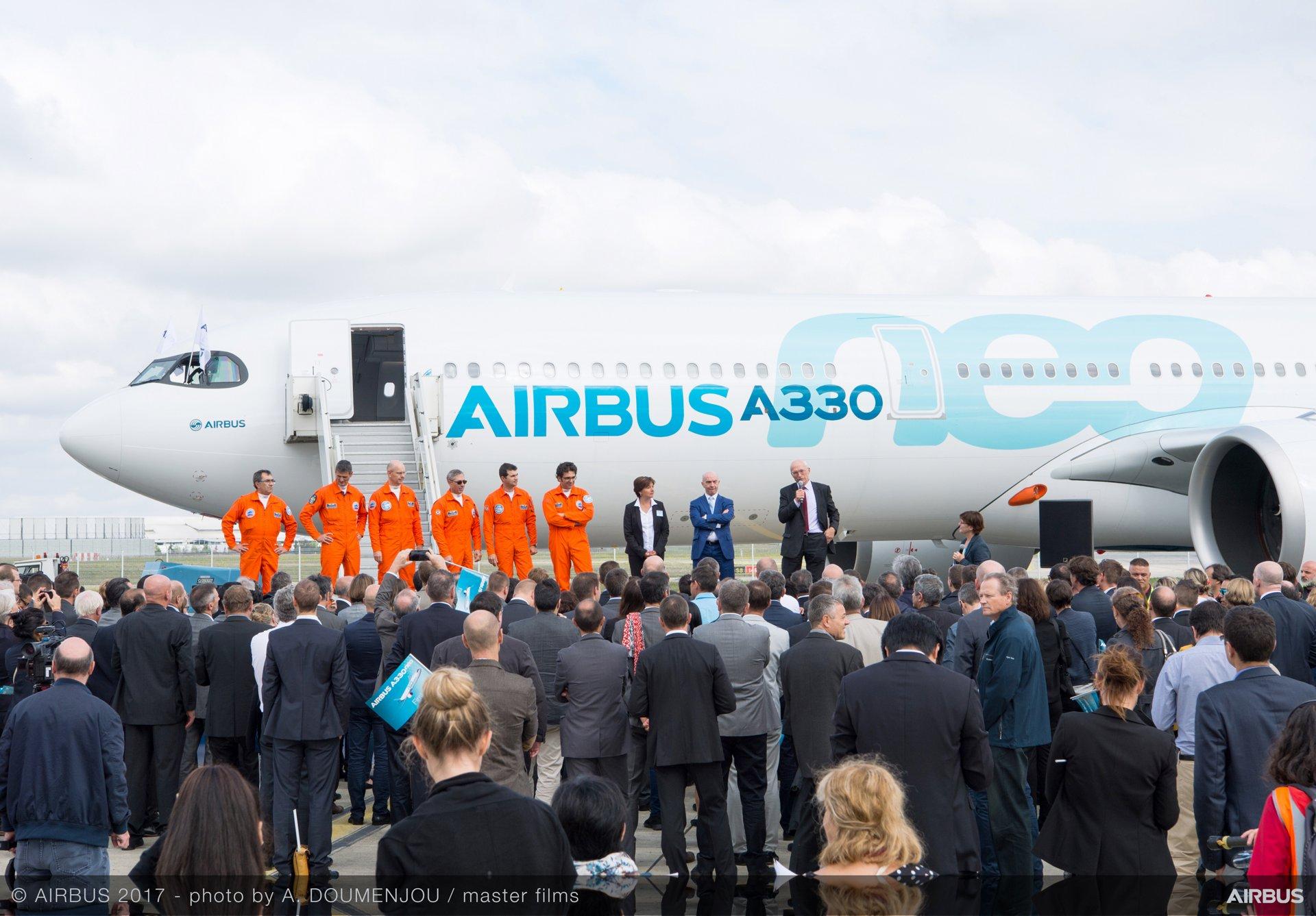 A330neo First Flight - Landing
