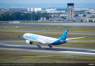 A330neo First Flight landing 4