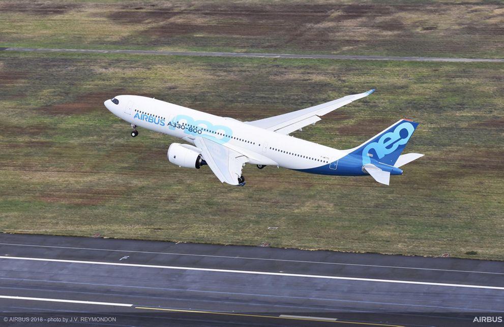 Primer vuelo del Airbus A330-800neo.