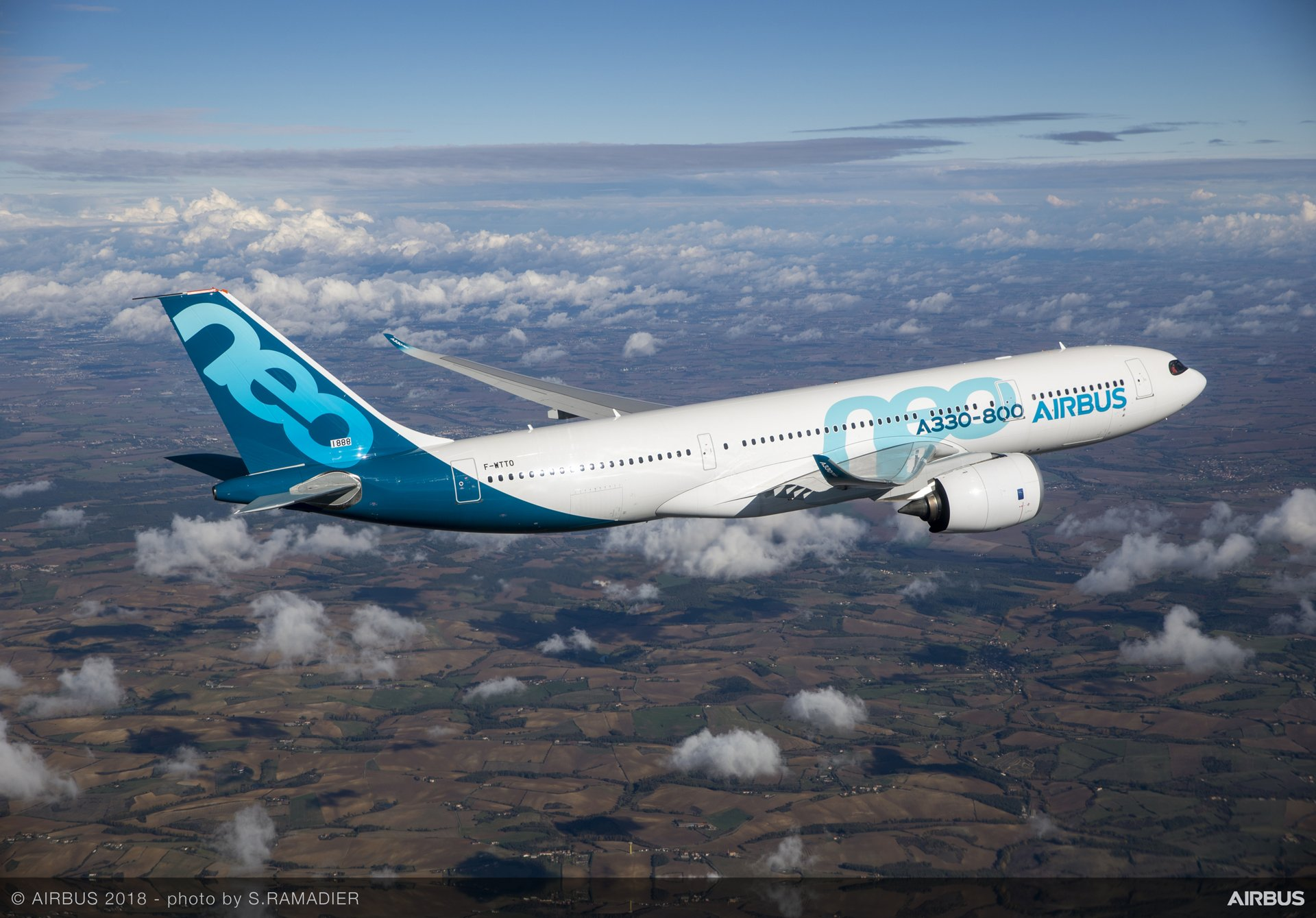 Incorporating new Rolls-Royce Trent 7000 engines, the A330-800 is the most efficient, longest-range entry-level widebody aircraft