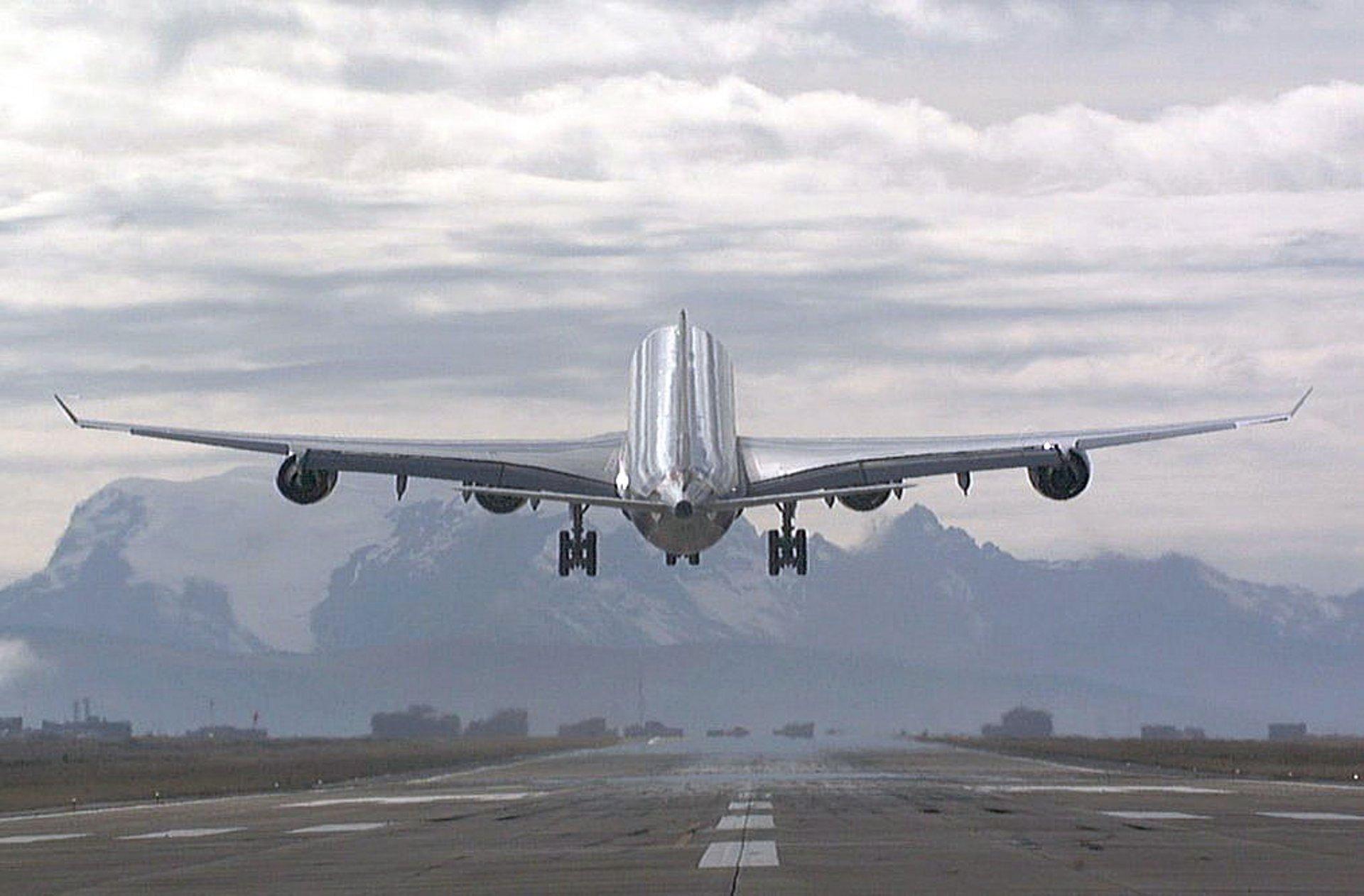 A340-600开始了