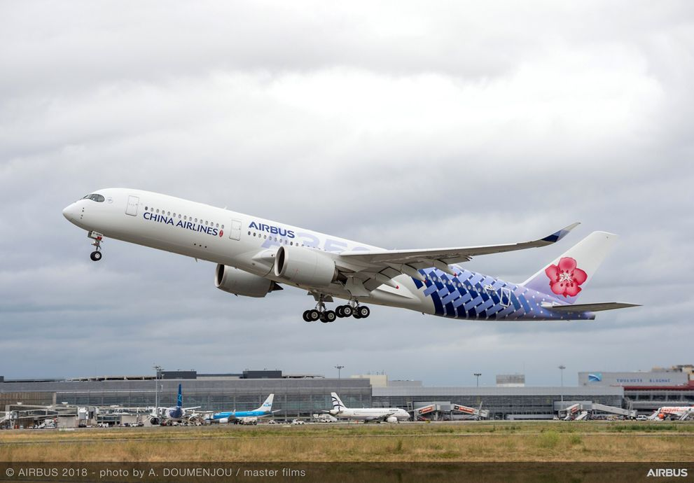 A350 900 China Airlines MSN239 Take Off