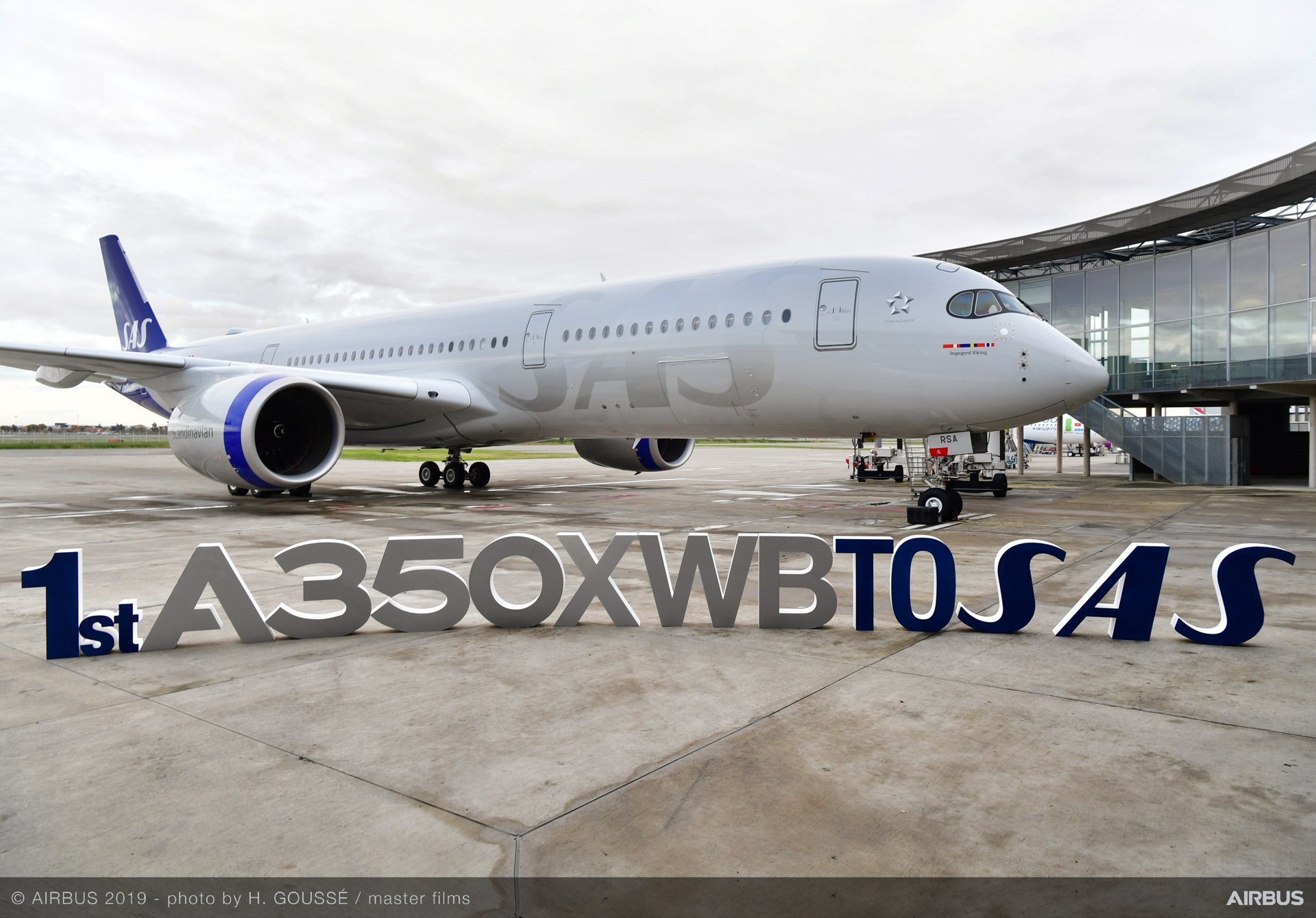 SAS received its first of eight A350-900 versions of the A350 XWB in November 2019, with the Scandinavian carrier targeted to introduce Airbus' latest generation, highly efficient widebody aircraft on the Copenhagen-Chicago long-haul route – followed by other international destinations, including cities in North America and Asia