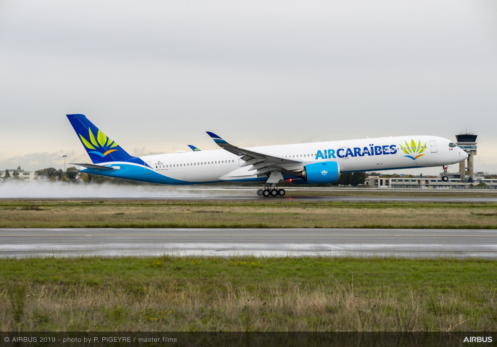 First Airbus A350-1000 joins Air Caraibes' fleet