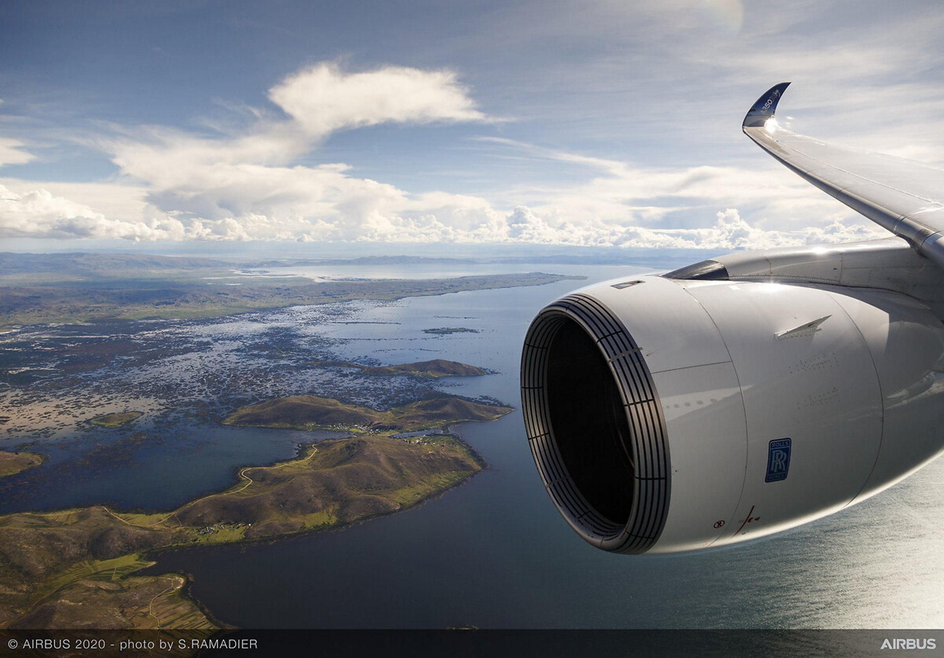 A350-1000 Airbus MSN059 altitude test - in flight over sea