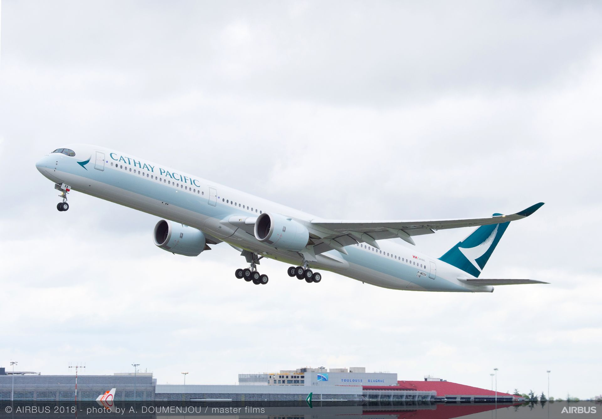 Cathay Pacific's first A350-1000 delivered