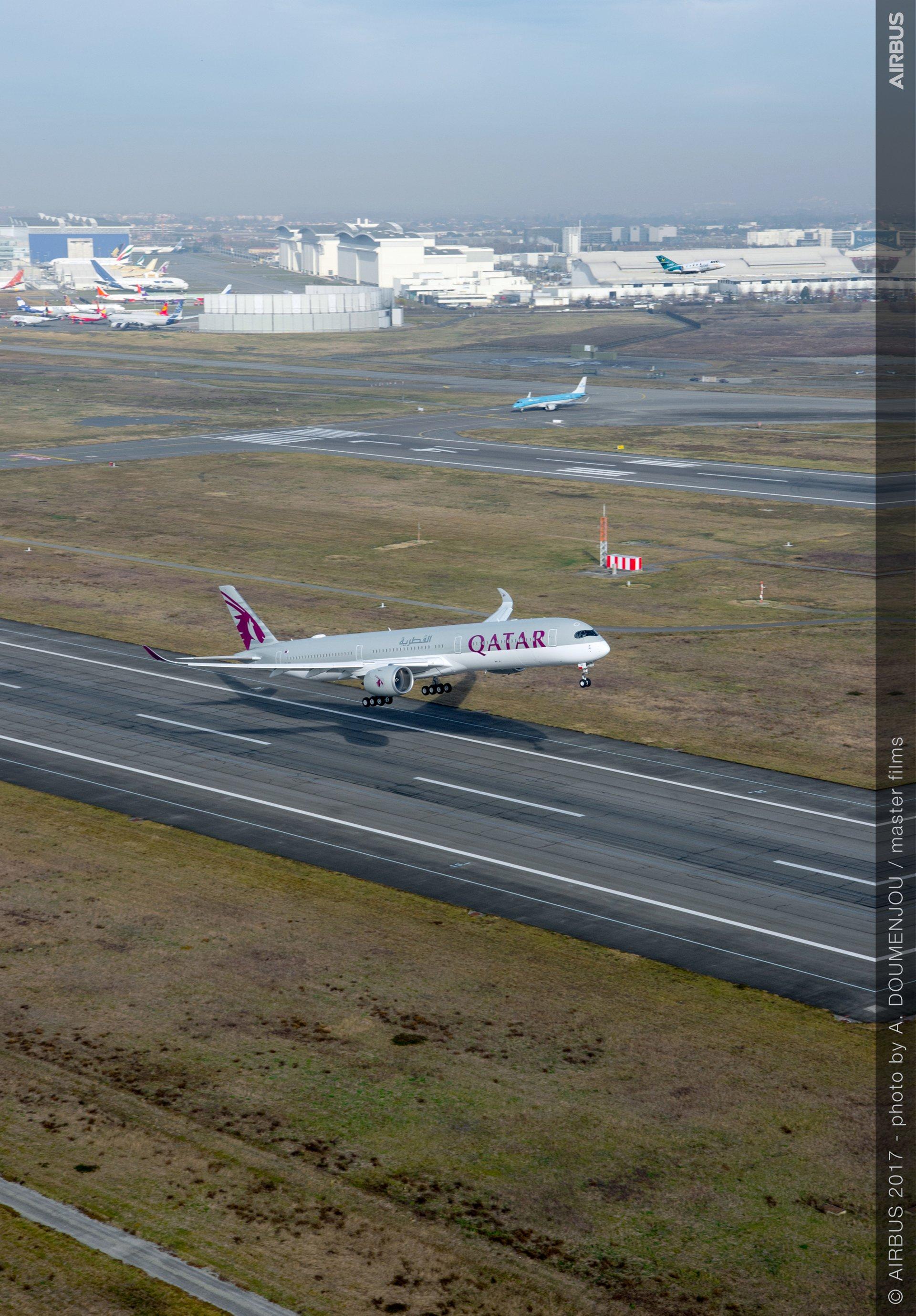 Qatar Airways A350-1000 1