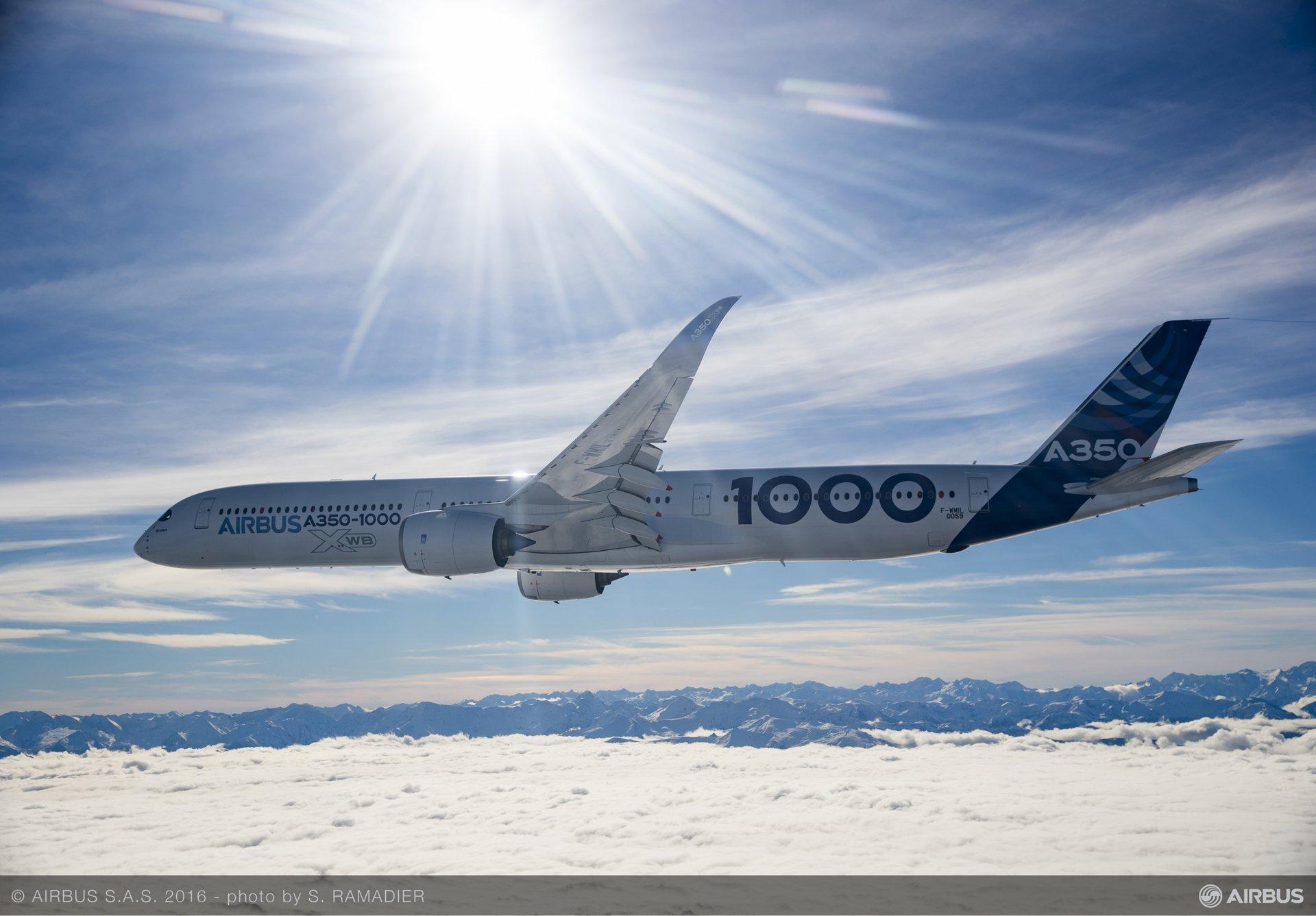 A350-1000 First Flight – air to air 018