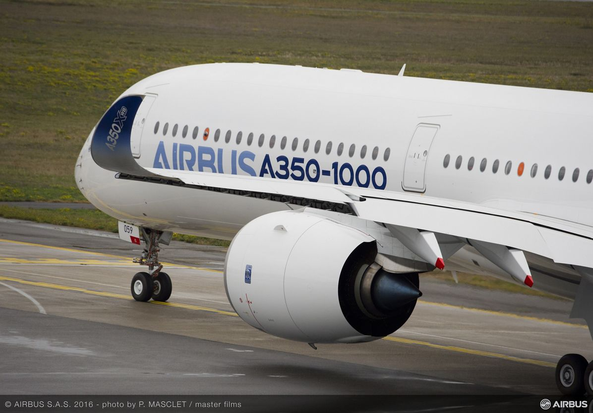 A350-1000 First Flight push back and take off