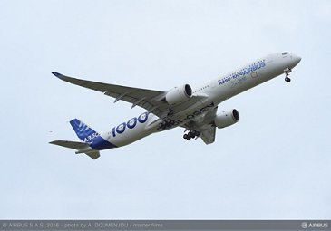 A350 1000 First Flight take off 005R