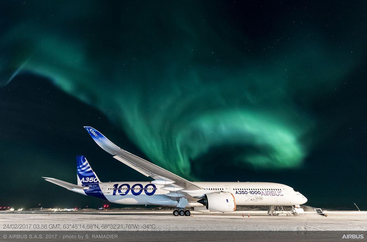 A350-1000_Aurora Borealis
