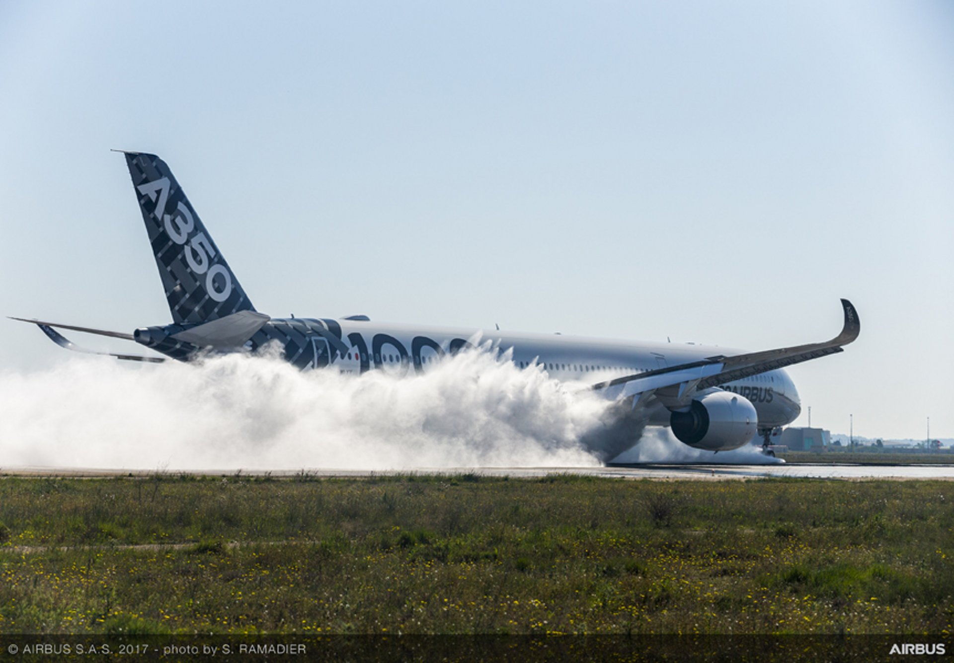 A350-1000_water trough test 2