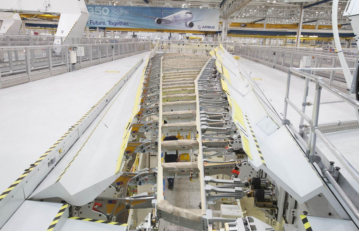 A350-1000_First wing goes into production 3