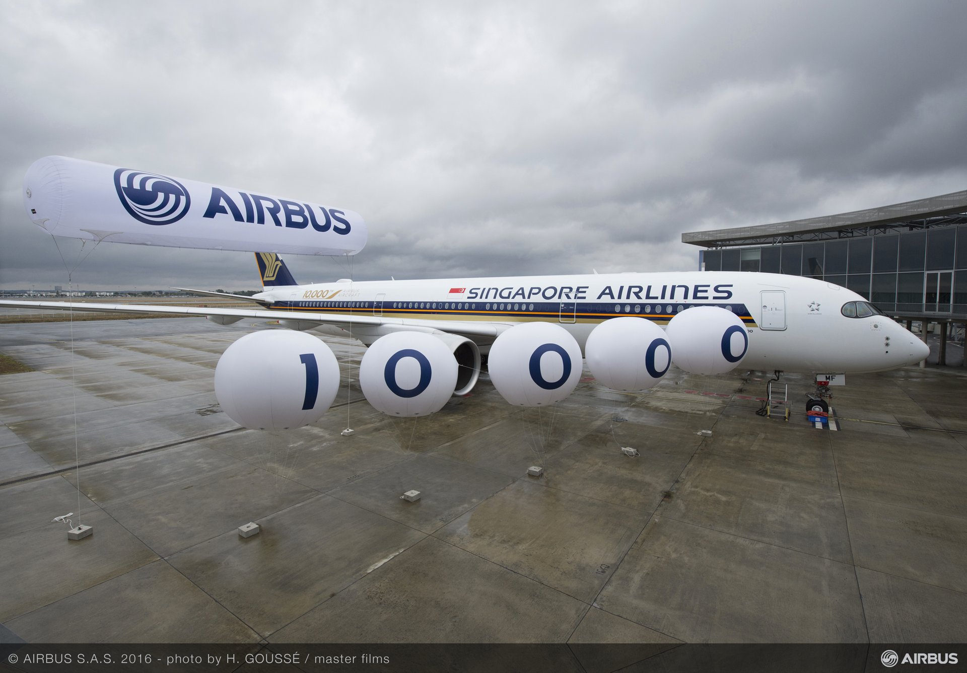 Airbus 10,000th delivery ceremony_5