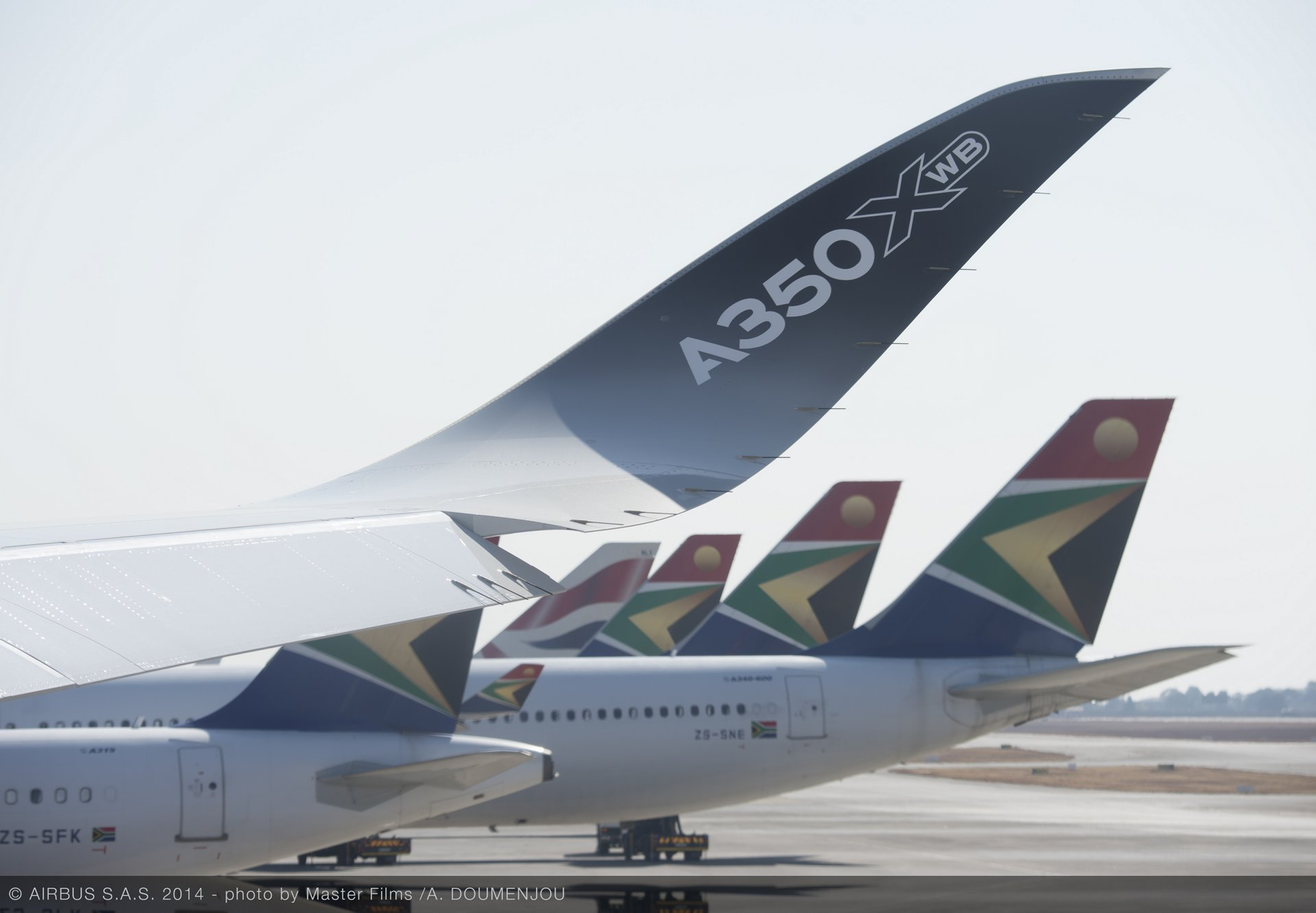 A350 XWB ROUTE PROVING TRIP 3 - JOHANNESBURG AIRPORT - FLIGHT LINE