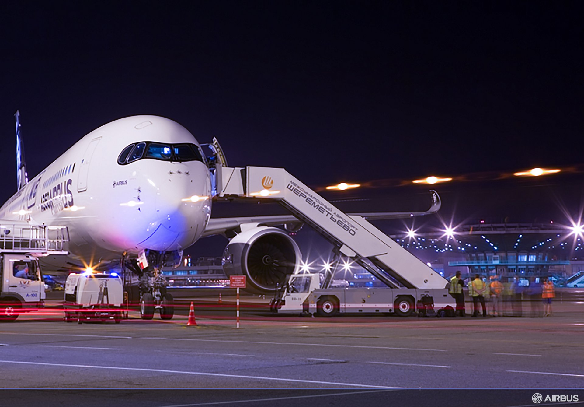 A350 XWB ROUTE PROVING TRIP 4 - MOSCOW AIRPORT, A350 XWB route proving Moscow night 1