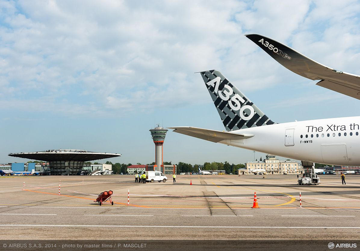 A350 XWB - ROUTE PROVING TRIP 4 - MOSCOW - CLOSE UP, A350 XWB route proving Moscow airport