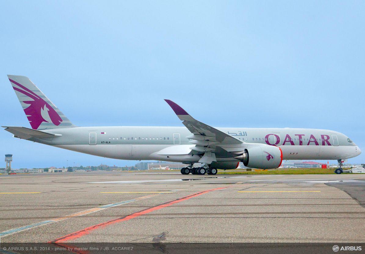 Qatar Airways first A350 XWB rolls out 1